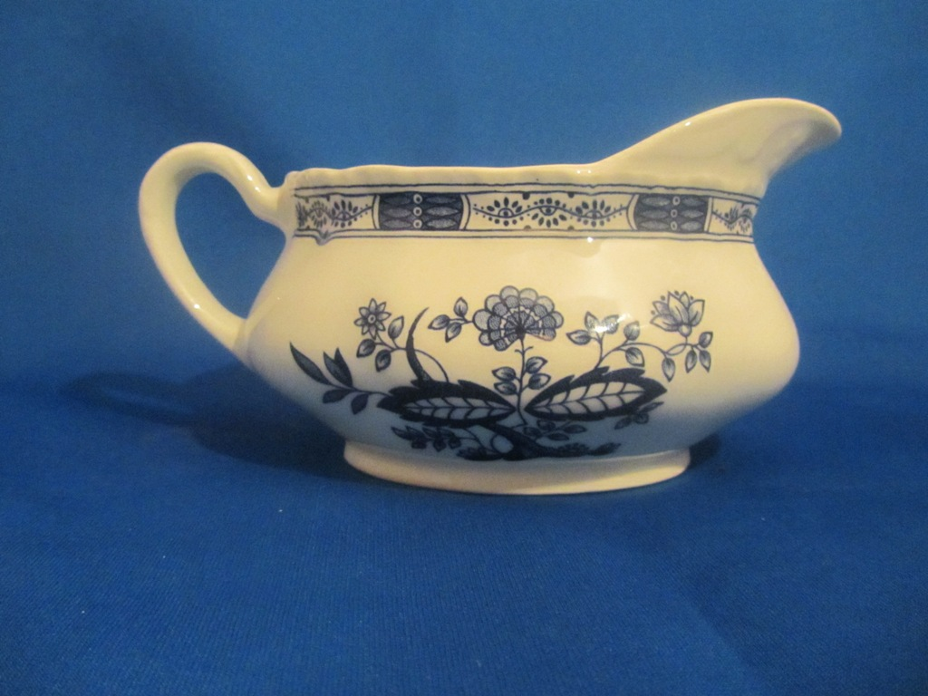 Royal Tudor Gravy Boat