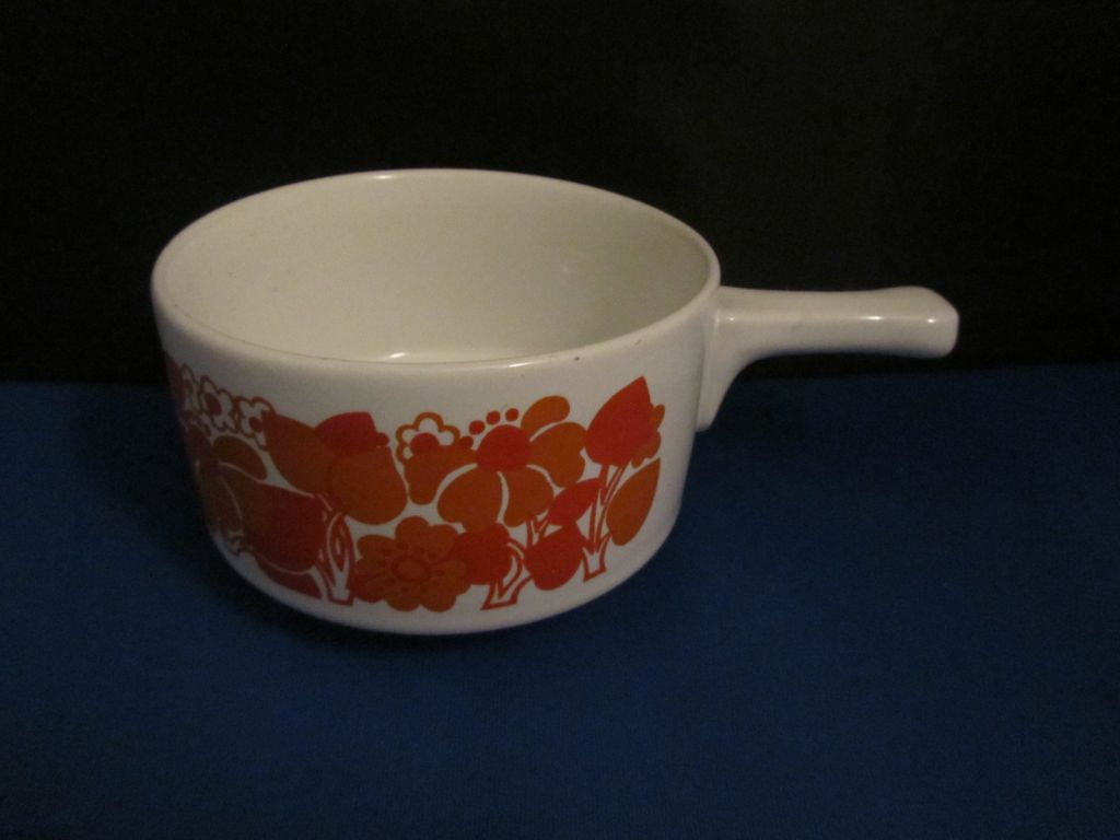 Retro 60's - 70's  Soup Bowl