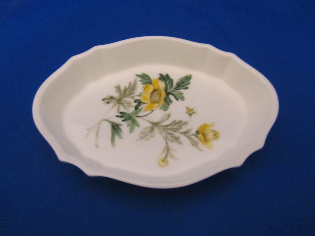 Wedgwood Golden Glory PinDish