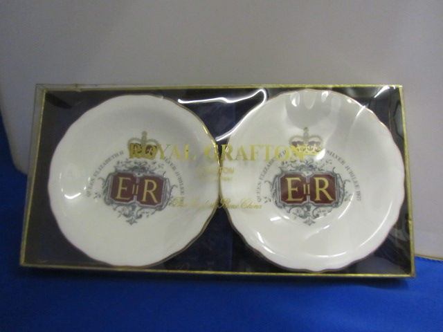 Royal Grafton Queens silver Jubilee dishes